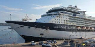 Riviera in Celebrity Constellation na privezu v Kopru