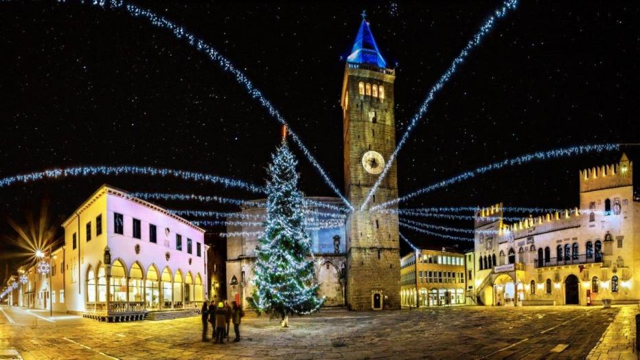 1_december_titov-trg_jaka-ivancic