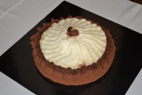 Laskavi naziv Naj torta Sladke Istre 2016 po izboru strokovne komisije je prejela torta Fujiyama.