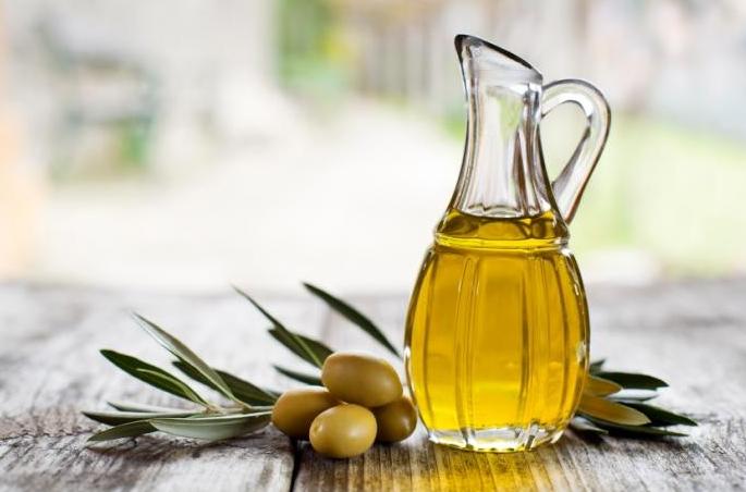 Olja naših oljkarjev znova med najboljšimi