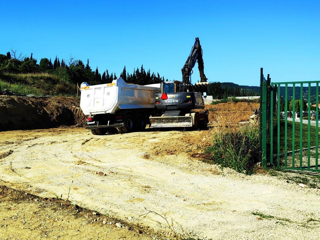 Marjetica Koper nadaljuje širitev pokopališča Škocjan