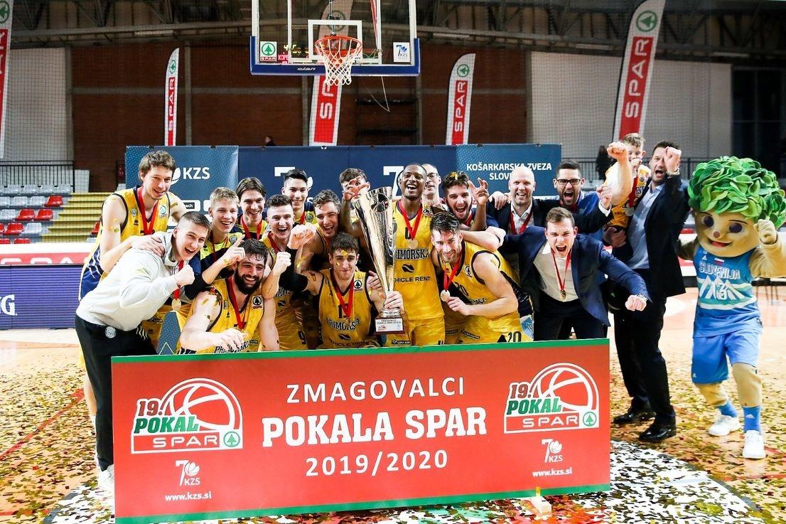 Koprski košarkarji tretjič zapored pokalni zmagovalci
